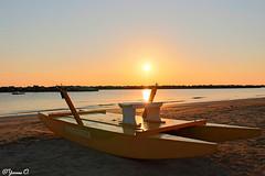 Lonely Boat (Yvonne Oelsner) Tags: beach strand sunrise meer rimini landschaft sonnenaufgang mediterraneansea landsape mittelmeer
