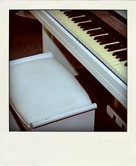 piano (Leo Reynolds) Tags: xleol30x poladroid polaroid faux fauxpolaroid fake fakepolaroid phoney phoneypolaroid xxx2016xxx