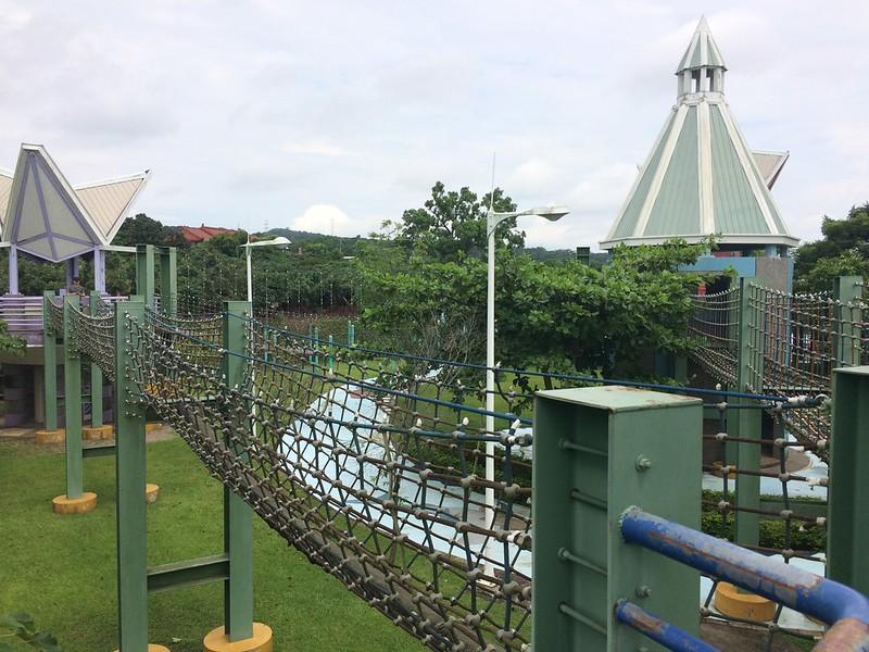 獨木橋、繩索吊橋