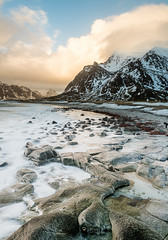 """Lofoten2016-15 (Federico """"Jger"""" Serafini) Tags: norvegia lofoten ghiaccio rocce rocks norway aurora boreale northern light clouds nuvole sea spiaggia long exposure"""
