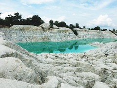 Lake Danau Kaolin Green Water Airbara Koba BangkaTengah Bangka Wonderfulindonesia INDONESIA ASIA (eriko_ie) Tags: lake danau kaolin green water airbara koba bangkatengah bangka wonderfulindonesia indonesia asia