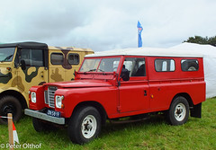 Land-Rover Defender (peterolthof) Tags: neurhede 1011092016 peter olthof peterolthof