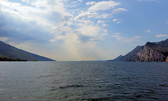 lg5 (davystew2014) Tags: italy lombardy garda vacation autumn