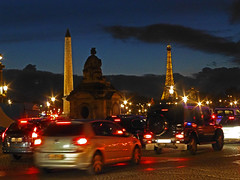 Mon Paris. (caramoul25) Tags: paris night toureiffel concorde autos nuit oblisque phares caramoul25