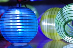 Lampions (rckem) Tags: blue light red green rot yellow lights licht nacht gelb lightning grün blau lampions lampion beleuchtung lichter lichterkette lampionskette