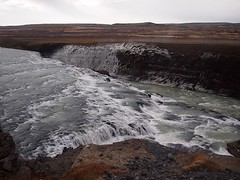 #Roadtrip on the #GoldenCircle Tour in #Iceland (Creativelena) Tags: travel ice island waterfall iceland tour roadtrip reykjavik geyser gullfoss reise goldencircle pingvellir abenteuer