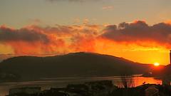 Puesta de Sol en Navidad. (lumog37) Tags: sunset sky estuary cielo coastline puestadesol ra costadegalicia