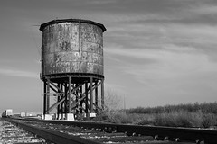 Tank Town (Patrick Dirden) Tags: california northerncalifornia steam sp watertank westley centralvalley sanjoaquinvalley southernpacific espee stanislauscounty californianorthern southernpacificrailroad steelwatertank californianorthernrailroad tanktown steamera westleyca