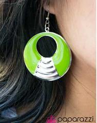 Glimpse of Malibu Green Earrings K1 P5810A-2