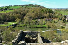 View of the River Teme from the keep Ludlow Castle (Eddie Crutchley) Tags: england sunlight river landscape outside countryside ruins europe shropshire medieval ludlow ludlowcastle historicbuilding greatphotographers