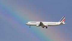 Air France / Airbus A321-212 / F-GTAT (vic_206) Tags: arcoiris rainbow bcn airfrance lebl canoneos60d fgtat airbusa321212 canon70200f28lisii