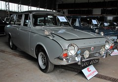 UOU 400H (2) (Nivek.Old.Gold) Tags: ford estate deluxe corsair 1970 abbott v4 2000cc classicscentral