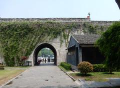 2016_04_210184 (Gwydion M. Williams) Tags: china gate nanjing jiangsu citygate gateofchinananjing