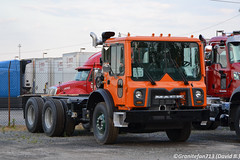 DSNY 2017 Mack MRU613 Chassis (Trucks, Buses, & Trains by granitefan713) Tags: mack macktruck dnsy newtruck nydeptofsanatation newyork chassis macungie mru613 mackmru613 terrapro mackterrapro cabover coe