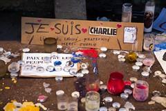 """17 - """"Je suis Charlie"""" (19/11/15). (AMToulouse) Tags: toulouse placeducapitole archivesmunicipales jesuischarlie 13novembre2015 tmoignagesattentats"""