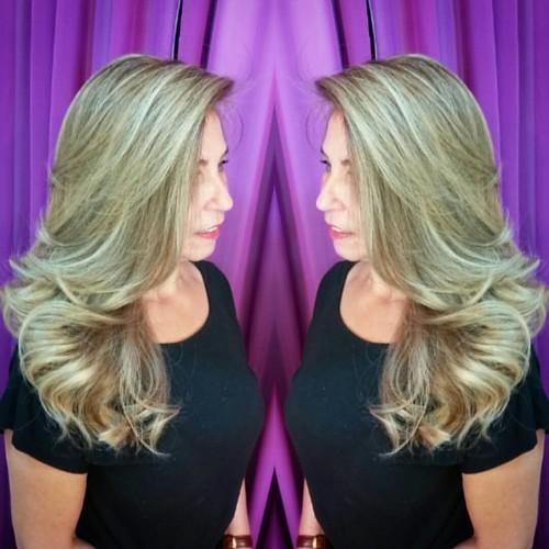 Light hair by @marcoslsoares  #felithi #cosmeticosprofissionais #blendplex #blonde #cabelosecia #revistacabelos #ecodermeprofessional #lighthair #hairstyle #hairbrasil #ecosmetics #eunoperfeitas #modaparameninas #lookperfeito
