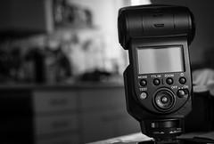 Sony Blitz (Christian P. - Steher82) Tags: blitz sony 40mm bw schwarzweis foto