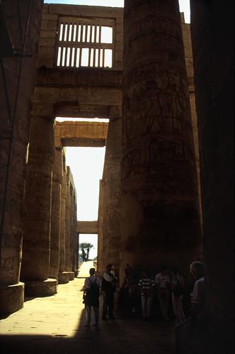 "Ägypten 1999 (334) Karnak-Tempel: Großer Säulensaal im Tempel des Amun-Re • <a style=""font-size:0.8em;"" href=""http://www.flickr.com/photos/69570948@N04/29028191612/"" target=""_blank"">View on Flickr</a>"