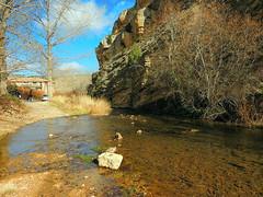 Albarracn (Teruel) (sebastinaguilar) Tags: 2016 teruel aragn paisajeurbano rocas acantilado rios agua espaa