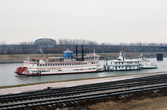 "88a105: ""Gail Ann"" towing ""Mayor Andrew Broaddus"" and ""Belle of Louisville"" to winter moorings (Bill Alden) Tags: river kentucky louisville steamer ohioriver towboat towboats belleoflouisville wharfboat gailann mayorandrewbroaddus"