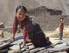 Nepal_2-043 Girl, Tinje (Roger Nix's Travel Collection) Tags: nepal himalaya dolpo dolpa tinje thinje thinkyu tinjegaon