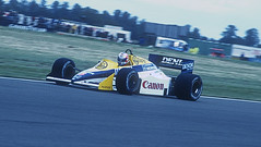 Nigel Mansell in Red 5, Wiliams-Honda FW10 (rac819) Tags: cars speed f1 racing grandprix silverstone panning formula1 motorracing racingcars britishgrandprix chapelcurve