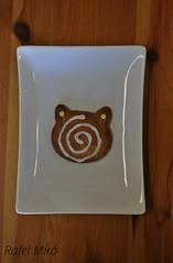 Galeta en forma de gat (Rafel Miro) Tags: cookies cat galetes cookie sweet catalonia homemade gato catalunya gat dulce rubi galletas casero galleta glaseado dol galeta casol fosting glassejat
