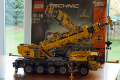 Lego Crane 42009 - Finished (Biggleswade Blue) Tags: 2 truck out lego crane cab engineering gear boom piston technic ii rig cylinder chassis pistons gears complex cylinders instruction mk axle outrigger rigger 42009