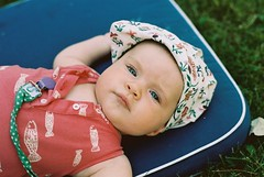 2014_07_21 (Maja K K) Tags: summer portrait baby grass hat canon sweden smland analogue