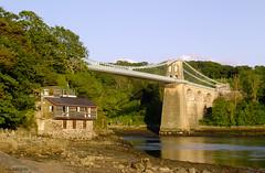 Menai Suspension Bridge at low tide (pwllgwyngyll) Tags: bridge wales suspension tide low north bangor views menai anglesey