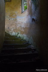 Spiral stairs (Pablo Arrigoni) Tags: old color abandoned window colors stairs canon ventana eos country colores step paso campo past escaleras abandonado pasado 18135 70d eos70d