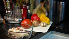 Um bom lombo de bacalhau (Andr Felipe Carvalho) Tags: pimento vermelho amarelo gastronomia vinho tomate cozinha cebola alho culinria bacalhau fcil