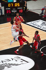 IMG_6146 (seba82) Tags: canon basket pallacanestro olimpiamilano grissinbon pallacanestroreggiana eos5dmkii seba82 sebastanosalati sebastianosalatigmailcom wwwsebastianosalatiit emporioarmanai