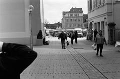 Goin' too fast for our lives to last. (all the bulbs are spent...) Tags: street farmersmarket streetphotography ludwigsburg marktplatz foodmarket leicam6 badenwuerttemberg kodaktrix400 wochenmarkt weeklymarket voigtländernokton50mmf15