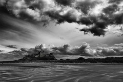 Bamburgh Castle (Ruth Hayton) Tags: white black castle beach monochrome northumberland bamburgh