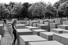 Holocaust Memorial - Berlin 3P6A1396 (Ludo_M) Tags: berlin germany holocaust memorial europa europe remember allemagne holocaustmemorial holocaustmahnmal memorialtothemurderedjewsofeurope mmoire denkmalfrdieermordetenjudeneuropas mmorialdelholocauste nikcollection