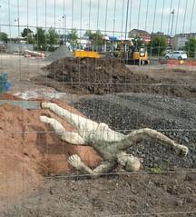 Man Down (Bricheno) Tags: sculpture statue scotland glasgow escocia szkocja schottland rutherglen scozia cosse dalmarnock  esccia  davidannand  bricheno scoia