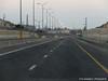 Autoroute entre des murs en Cisjordanie vers Jérusalem
