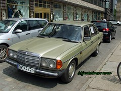 1977 Mercedes-Benz 240D W123 Automatic (junktimers) Tags: mercedesbenz automatic 1977 w123 240d