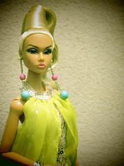 Poppy Camera Loves Her 08 (Belenojon) Tags: camera fashion toys mod doll her poppy loves 12 royalty parker integrity