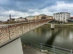 Liebesbrücke Liebesschlösser Salzburg