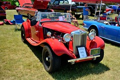 Road_Apples_103_DSC_2795 (Nomad Joe) Tags: summer usa cars mg madison classics wi carshow 1953 vfw td saturdayinthepark roadapples