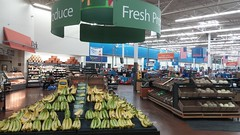 New Walmart Angled Produce Layout (Retail Retell) Tags: hernando ms walmart desoto county retail project impact supercenter store 5419 interior remodel black dcor 20 icons