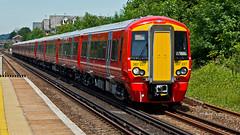 387227 (JOHN BRACE) Tags: 2015 bombardier derby built class 387 electrostar emu 38727 seen horley station gatwick express livery