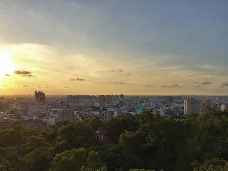 彰化八卦山夕陽-右