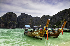 The Long Tail Boat - Front View, James Bond Island, Thailand (Anoop Negi) Tags: long tail boat phi thailand james bond island travel tourism photography anoop negi ezee123 khao ping kan ko the man with golden gun scaramanga hollywood green water