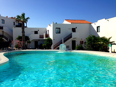 Hesperia Bristol Playa Pool (Marc Sayce) Tags: espaa pool swimming bristol hotel islands spain fuerteventura playa canarias hesperia apartamentos canary islas corralejo aparthotel
