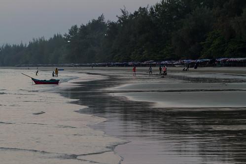 Mae Pim Beach in Dawn