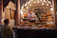 venditore frutta secca - Dried fruit seller (patrizia.lungonelli) Tags: market morocco mercato seller driedfruit venditore fruttasecca