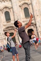 Milan Street Photography (Roberto Vecchio) Tags: street milan milano streetphotography duomo lombardia canon7d